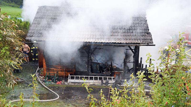 Brand Nebengebäude Unteramlach