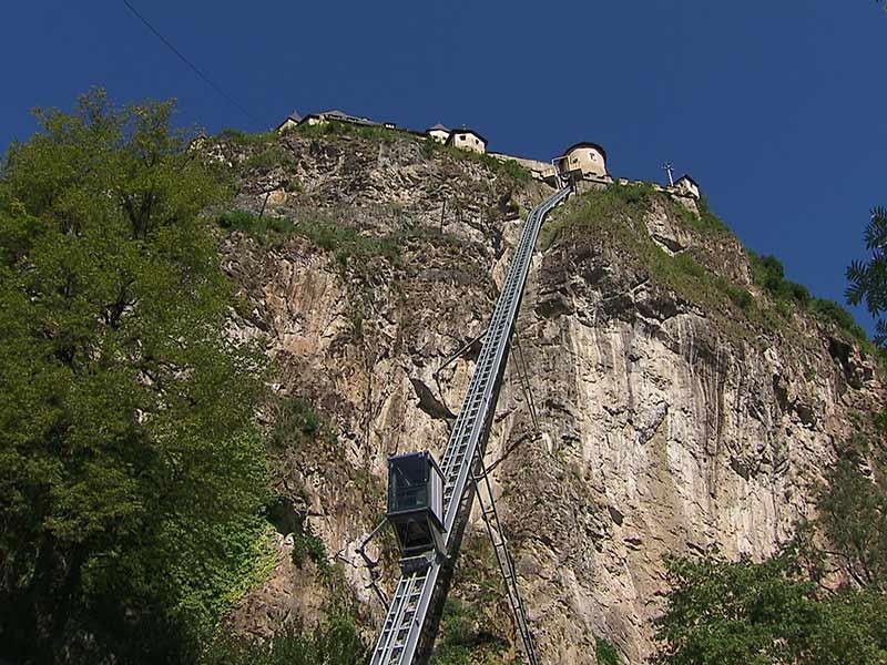 Neuer Lift Burg Hochosterwitz