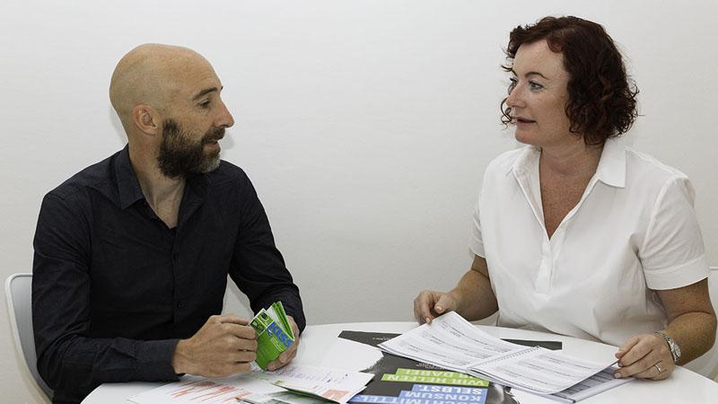Birgit Keel, Geschäftsführerin der Suchtberatung Tirol, und Gerhard Jäger, von der Drogenarbeit Z6.