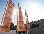 KTM-Fahnen