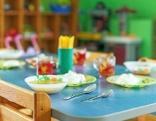 Kindertisch Essen