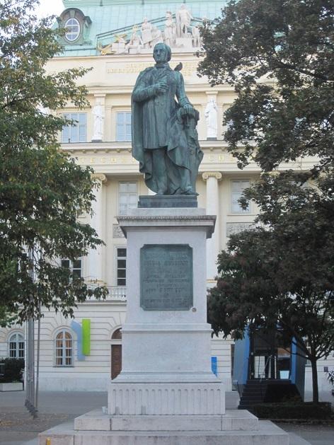 Resselpark, Josef Ressel Denkmal