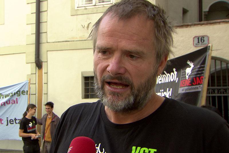 Martin Balluch, Obmann des Vereins gegen Tierfabriken (VgT), bei Demonstration