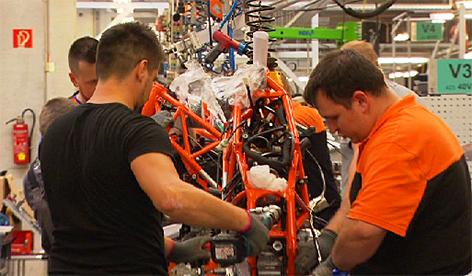 KTM Mattighofen Industrie Wirtschaft Facharbeiter Fachkräfte