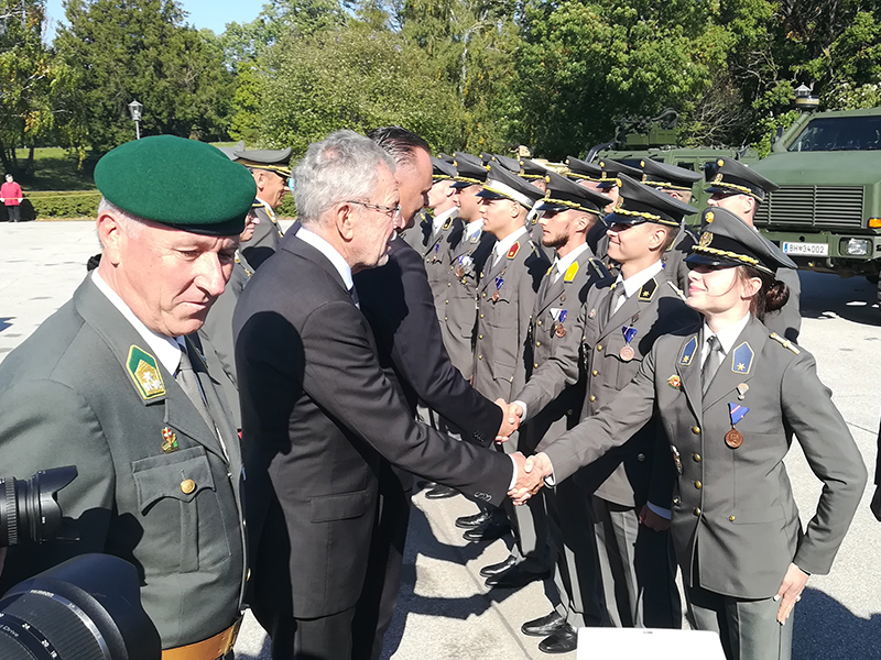 Bundespräsident beim Tag der Leutnante