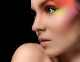 Frau Makeup Bunt