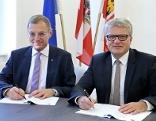 Landeshauptmann Thomas Stelzer und der Linzer Bürgermeister Klaus Luger