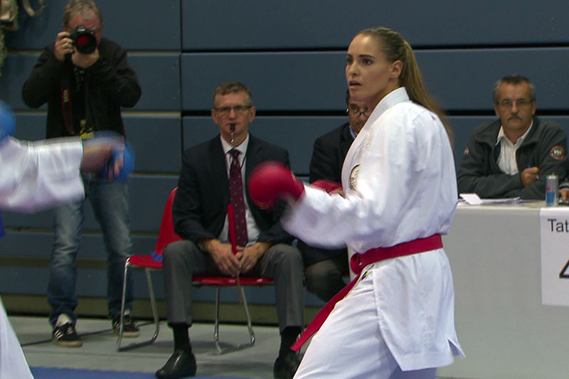Alisa Buchinger bei Karatekampf