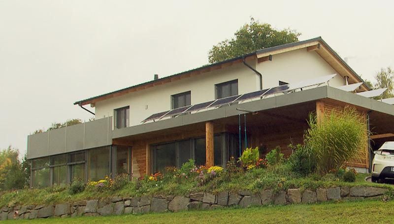Stromautarkes Haus von ÖkoFEN und Fronius, Lembach im Mühlkreis