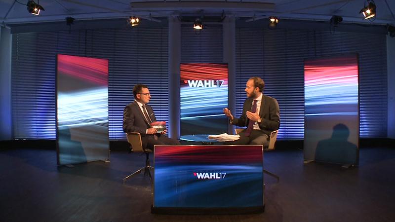 Nationalratswahl 2017 Landesspitzenkandidat Nikolaus Scherak NEOS Gespräch Ziegler