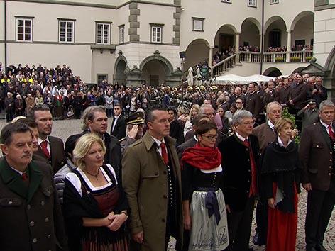 10. oktober proslava Trnja vas deželni dvorec Kaiser