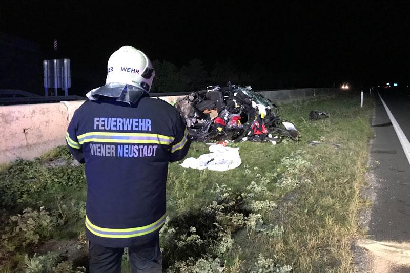 Tödlicher Verkehrsunfall A2 Wöllersdorf