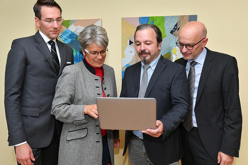 online Wirtschaftsfördrung Florian Riess Petra Bohuslav Johann Göschl, Georg Bartmann von links