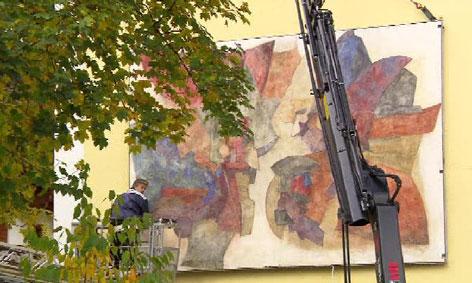 Fresko von Anton Christian an neuer Mittelschule in Elbigenalp