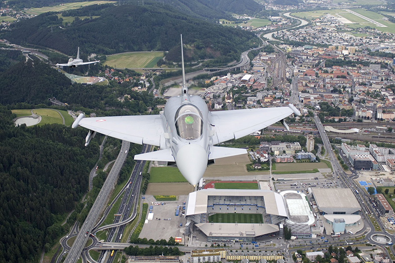 Eurofighter über Innsbruck