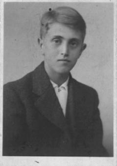 George Czuczka