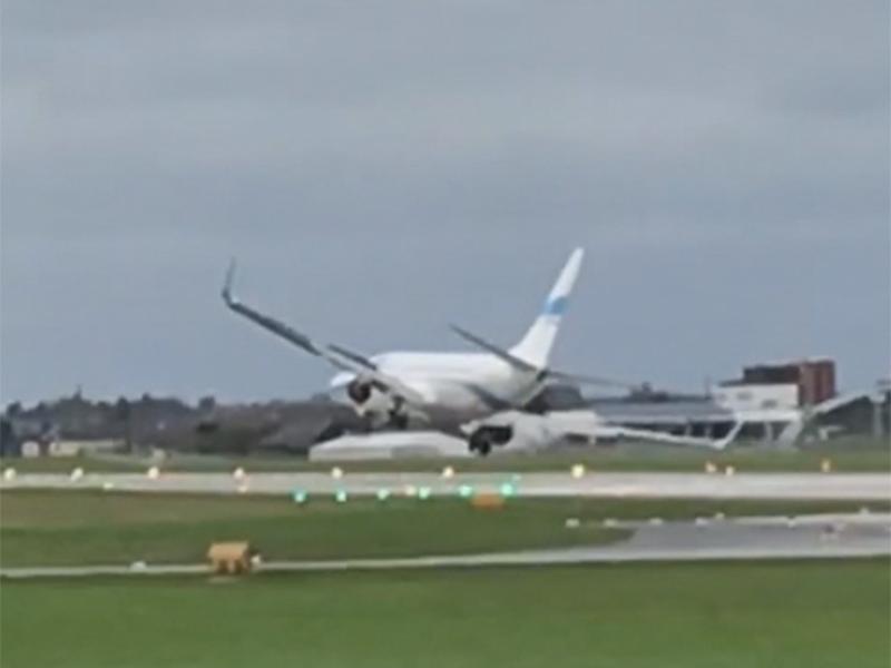 Sturm vereitelt Flugzeuglandung