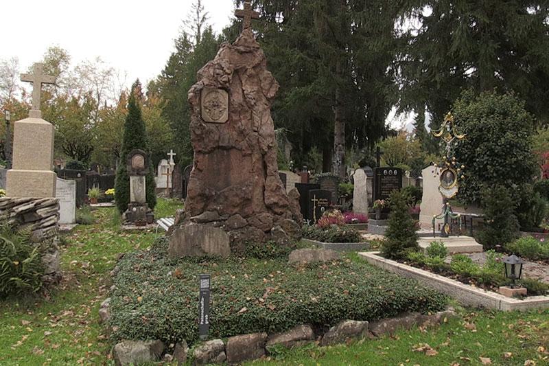Patenschaftsgrab am Kommunalfriedhof in der Stadt Salzburg