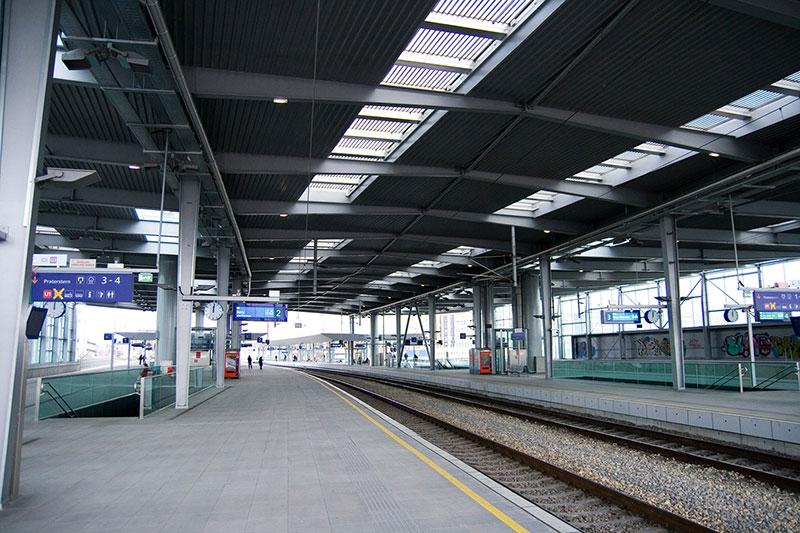 Gleise Praterstern Bahnhof