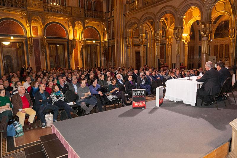Robert Harris liest bei Buch Wien
