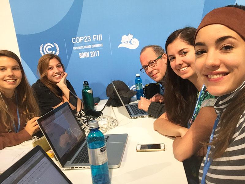Burgenländische Klimareporterin Anna Schneeberger auf der UN-Klimakonferenz in Bonn
