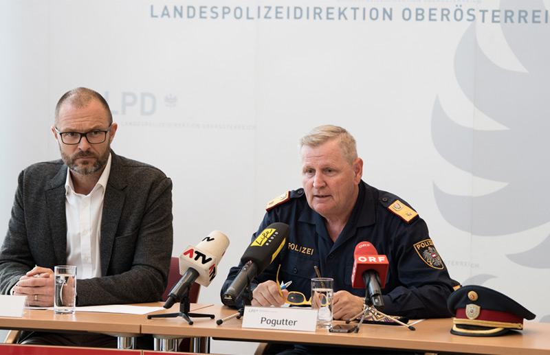 Pressekonferenz der Polizei, v.l.: Landespolizeidirektor Andreas Pilsl, Stadpolizeikommandant Karl Pogutter