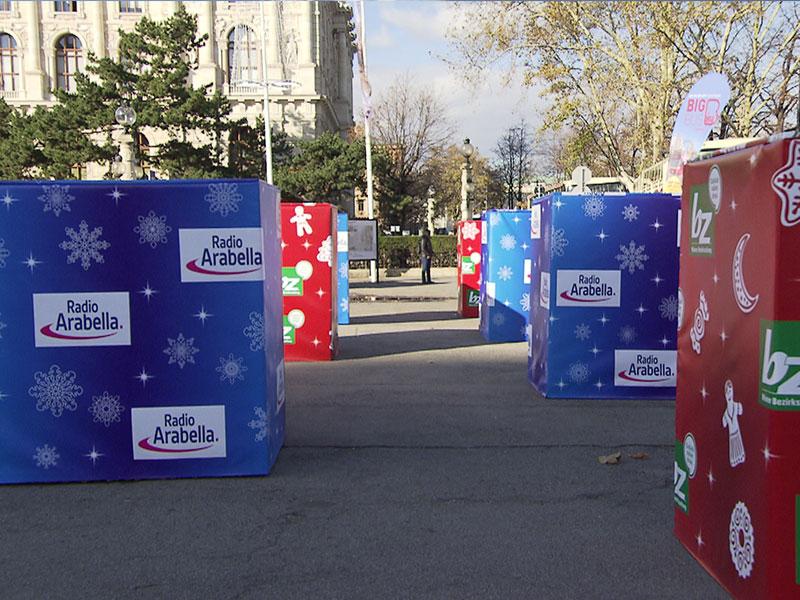 Adventmarkt: Am Maria-Theresien-Platz wurden ringseitig Betonsperren aufgestellt