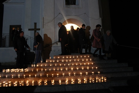 Gedenktafelenthüllung in Jabing