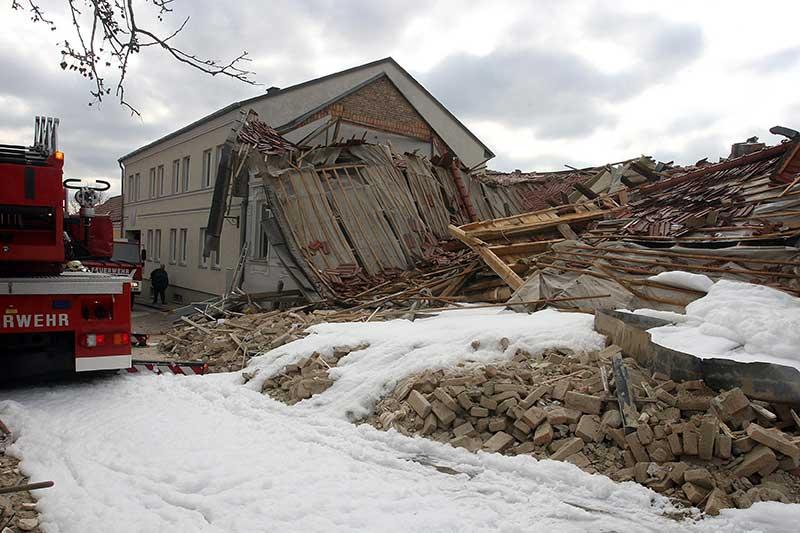 Explosion Bauernhaus in Hagenbrunn