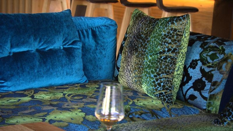 Sofa aus Samt