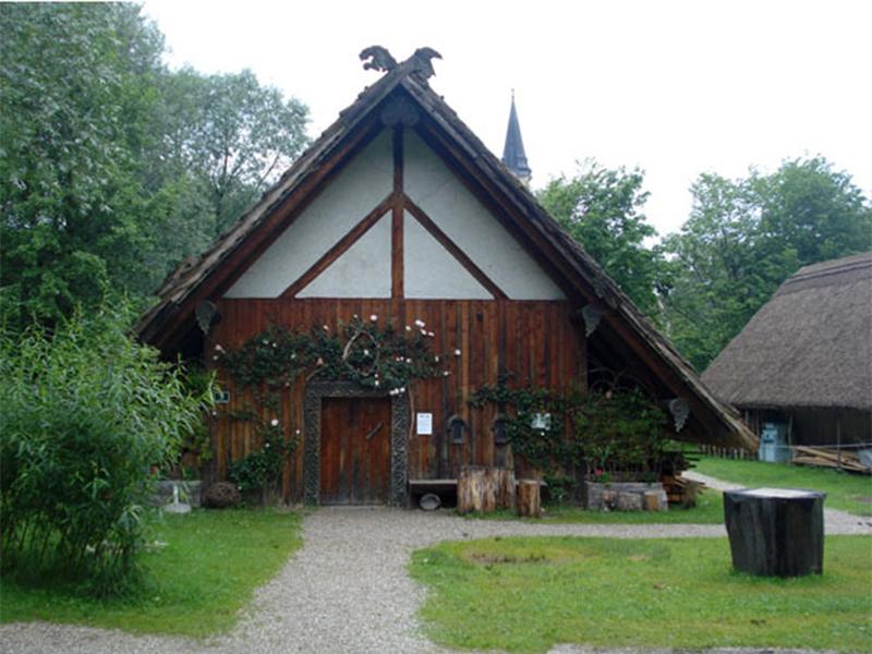 Bajuwarendorf Mattsee