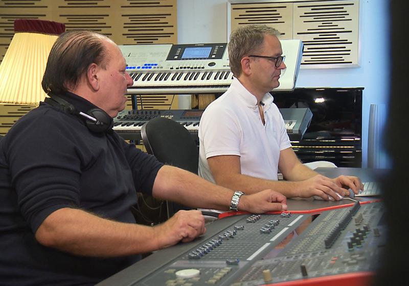Requiem für Falco aus OÖ, die Produzenten Wolfgang Kosmata (li) und Hans Peter ratzer (re)