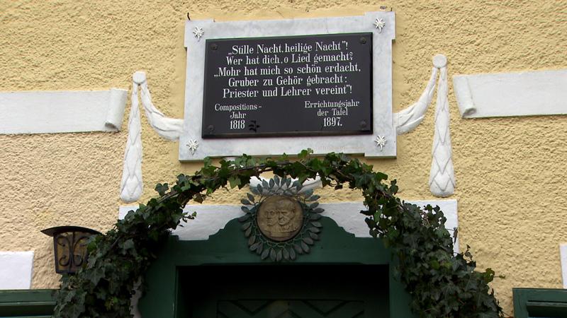 Tafel am Stille Nacht-Museum in Arnsdorf