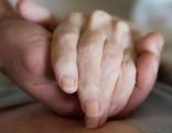 Pflege Betreuung Hände