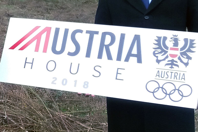 Tafel des Österreich Hauses bei Olympia in Pyeongchang