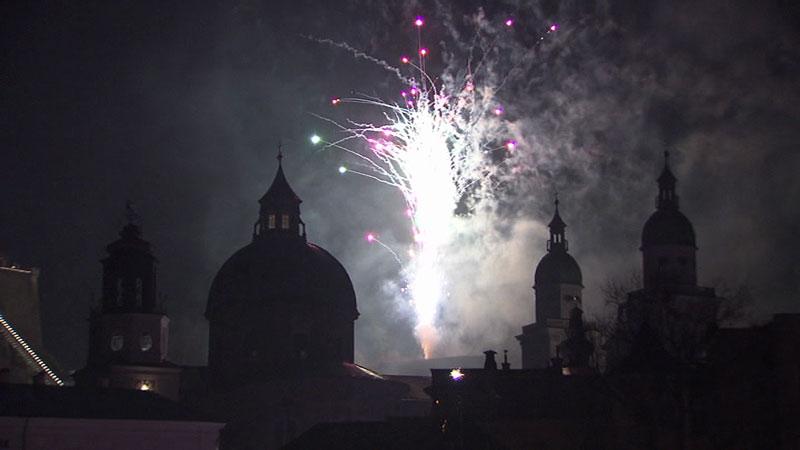 Feuerwerk Silvester Jahreswechsel Stadt Salzburg
