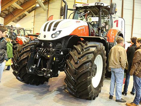 Kmetijski agrarni sejem sejmišče traktor