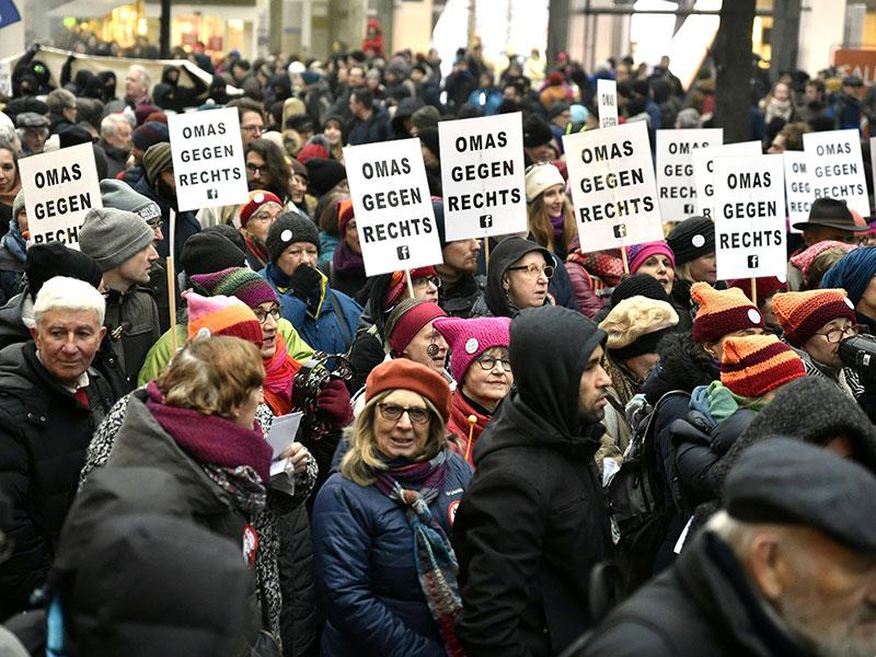 Demonstration gegen Bundesregierung