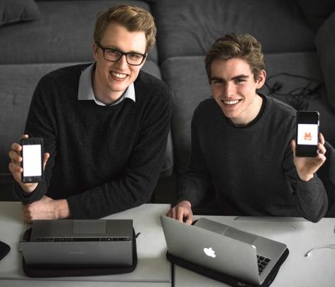 Zeno Kujawa und Konstantin Klingler unterstützen Schüler bei den Mathe-Matura Vorbereitungen