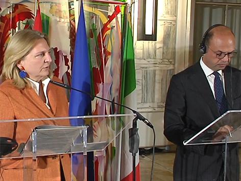 Kneissl Alfano dvojno državljanstvo kritika Italija