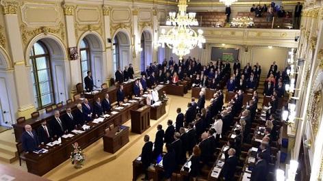 poslanecká sněmovna při hlasování o důvěře vlády