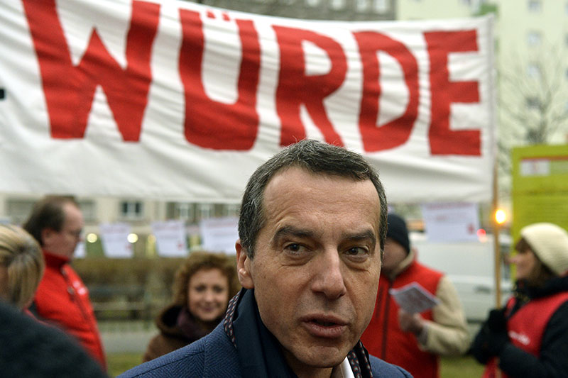 Kern bei AMS-Protest