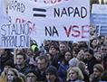 Stavka javni uslužbenci SLO zdravstvo klinični štrajk