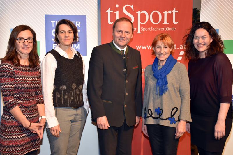 Josef Geisler, Rosa Diketmüller, Meike Schröer, Christa Prets und Ingrid Felipe
