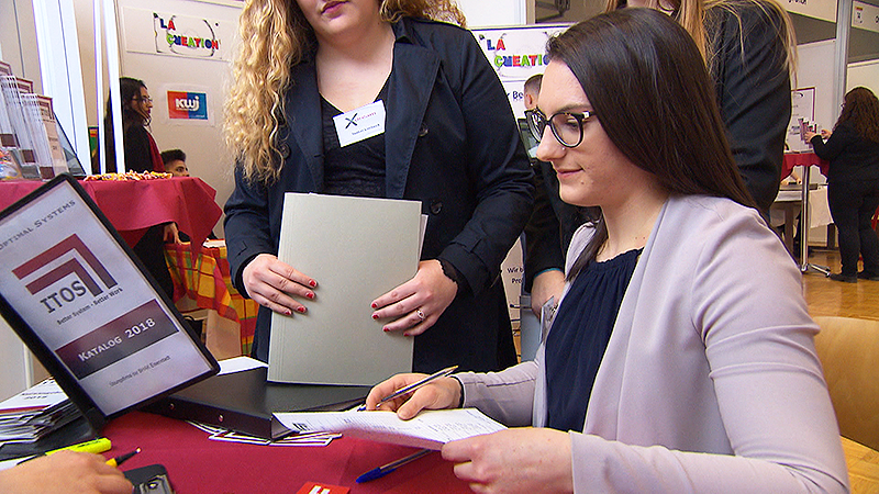 Schüler gründen Übungsfirmen Übungsfirma Messe