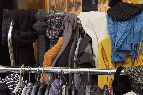 Caritas Jacken, Schals, Hauben und andere Winterbekleidung