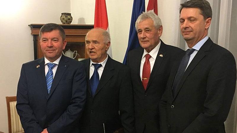 Mate Firtl odlikovanje Red hrvatskoga pletera