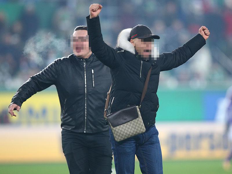 Flitzer auf dem Spielfeld am Sonntag, 4. Februar 2018, während der tipico-Bundesliga-Begegnung zwischen SK Rapid Wien und FK Austria Wien in Wien