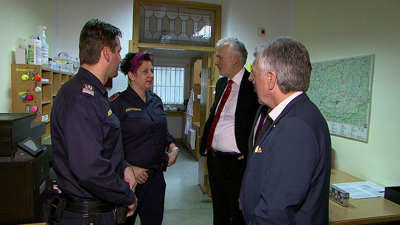 Besuch Minister Moser Justizanstalt Klagenfurt