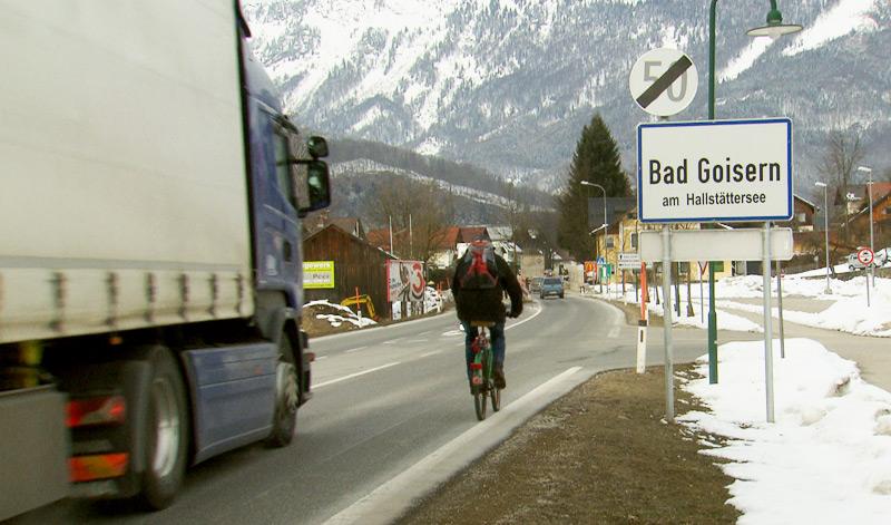 Lkw-Verkehr im Salzkammergut